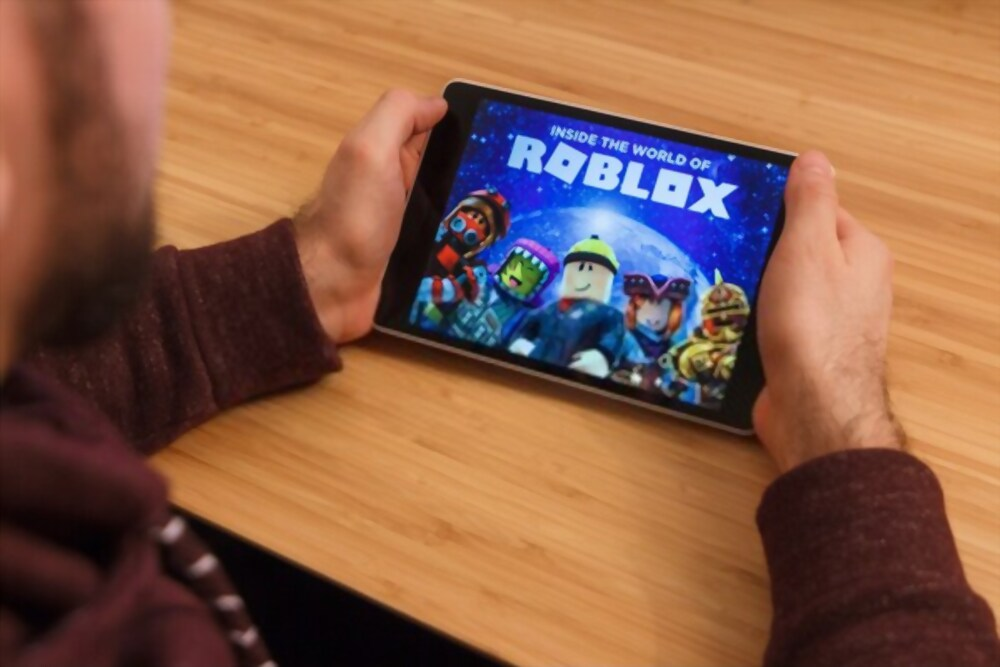 How To Give Robux Friends On Roblox Fixable Stuff - How Do You Make A Roblox Game On Tablet
